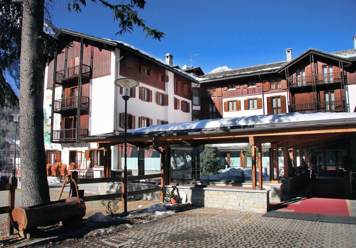 Ski Trips at the Hotel Alpechiara From Just £859 Fully Inc. with ...