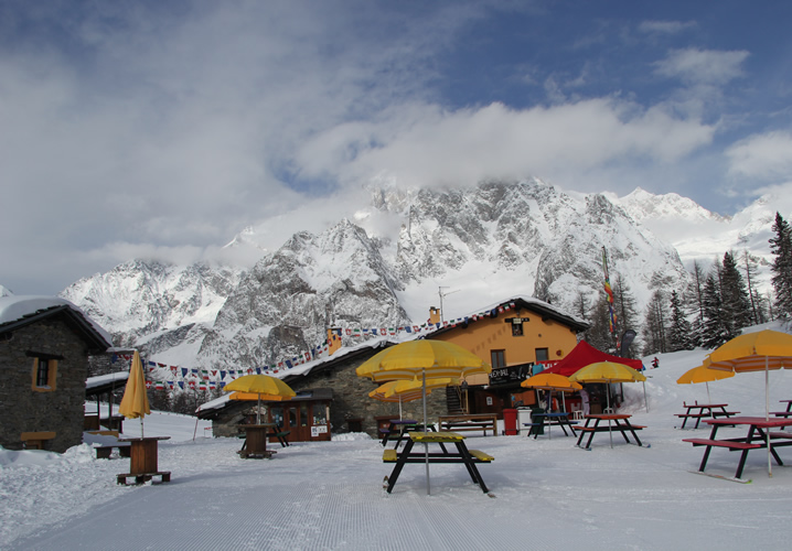 ../Images/Resorts/Courmayeur/courmayeur_15.jpg