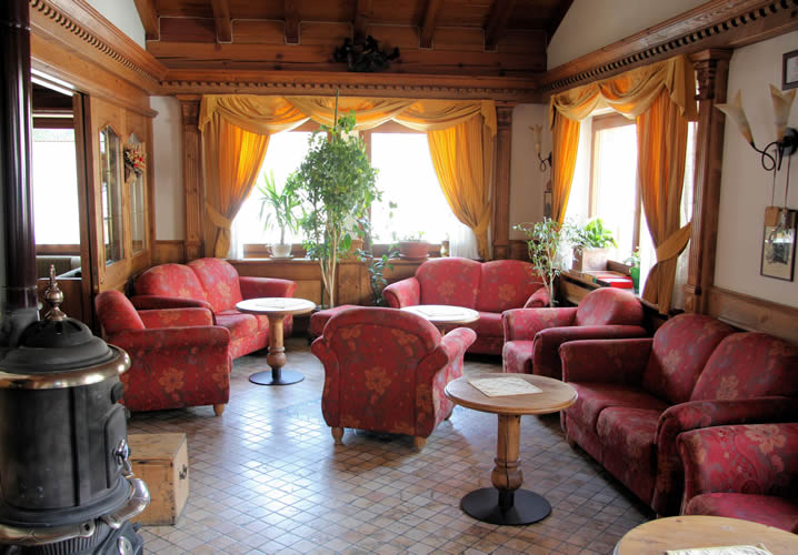 The lounge area of the Hotel Beau Sejour