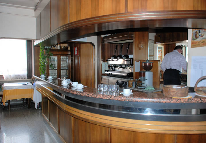 The bar area of the Hotel Casale