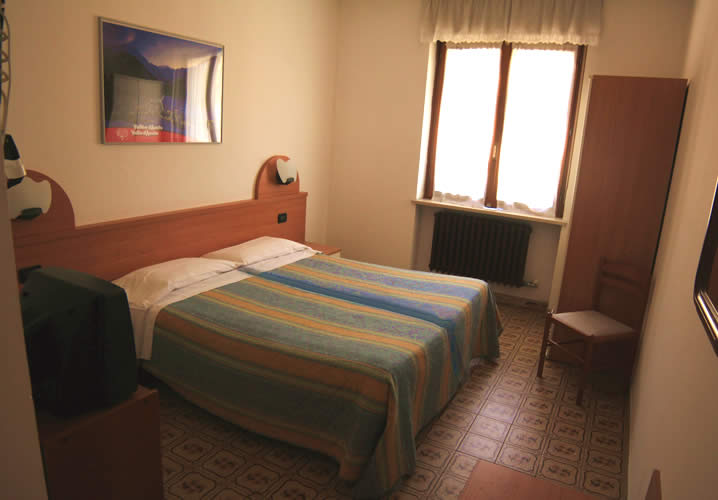 A typical bedroom in the Hotel Dujany