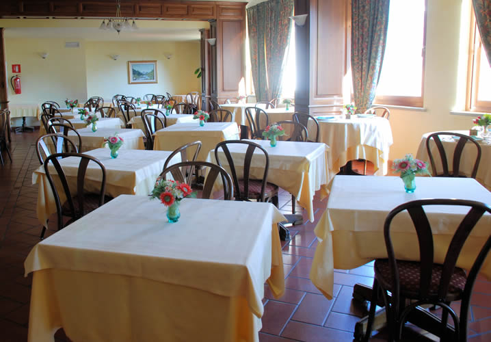 The Restaurant Area of the Hotel Panoramique
