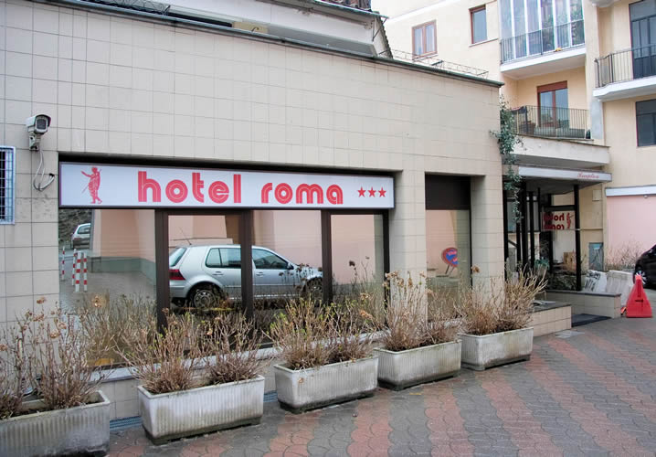 Alternative exterior view of the Hotel Roma